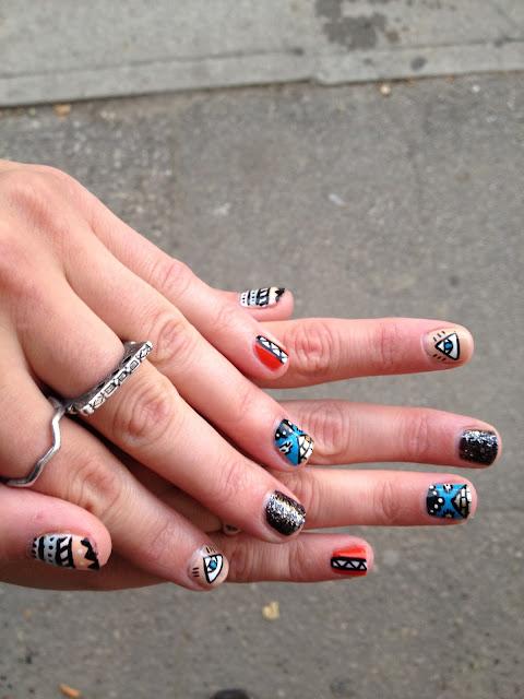 Aztec, evil eye, pyramid, glitter, nail design, nail art