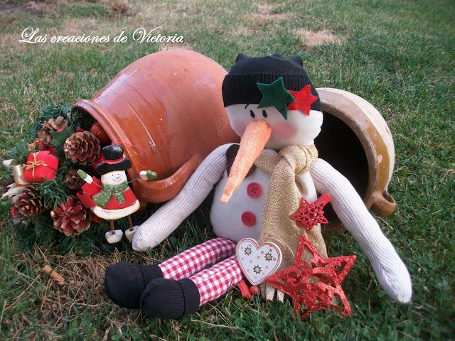 Las creaciones de Victoria . Adornos de Navidad. Muñeco de nieve tela