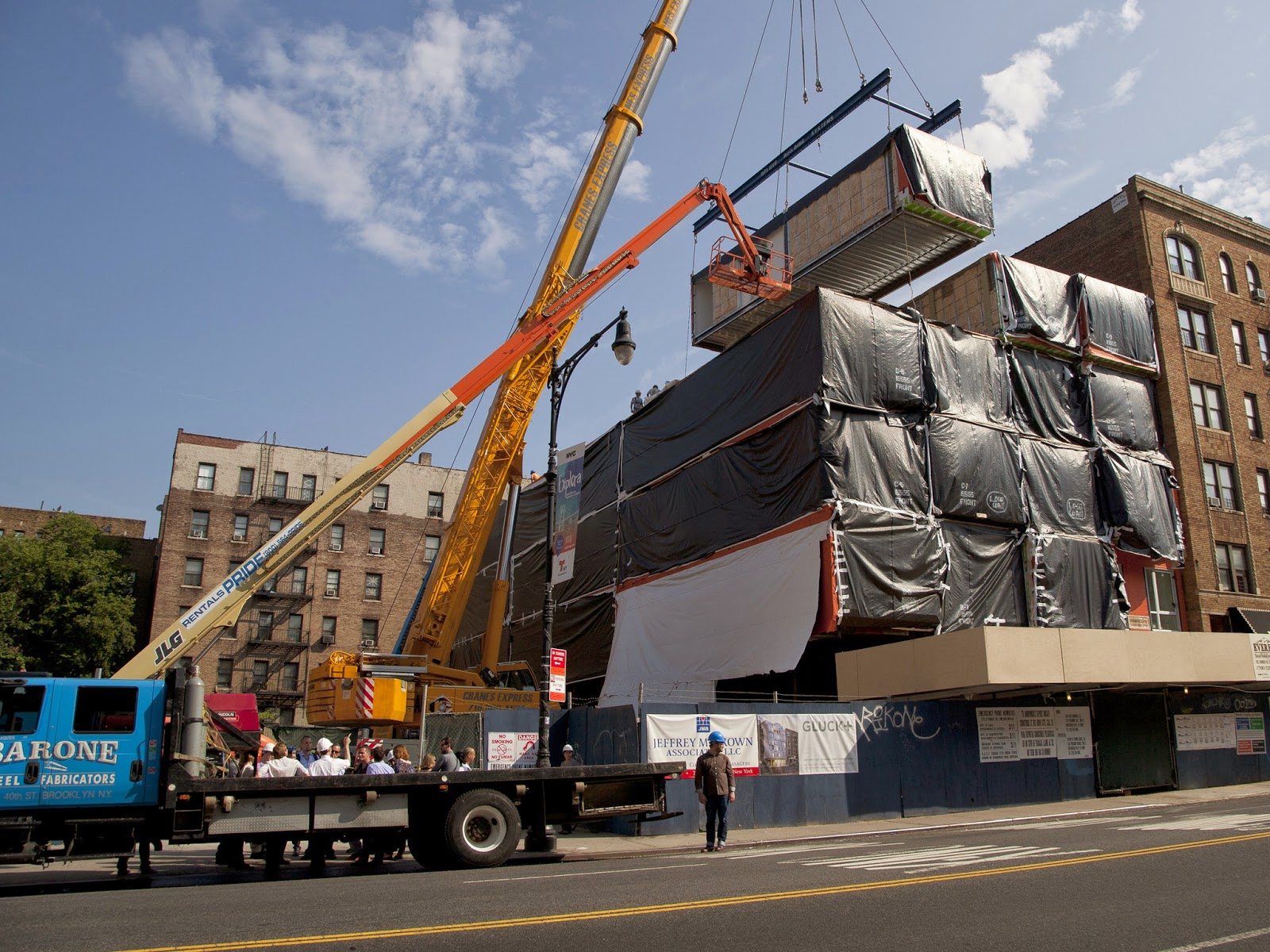 LEGOLAND modular construction deskilling and deunionization in