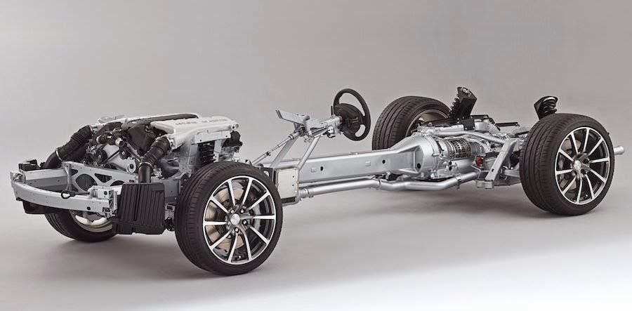 2015年モデルの「アストンマーチン・ラピードS」