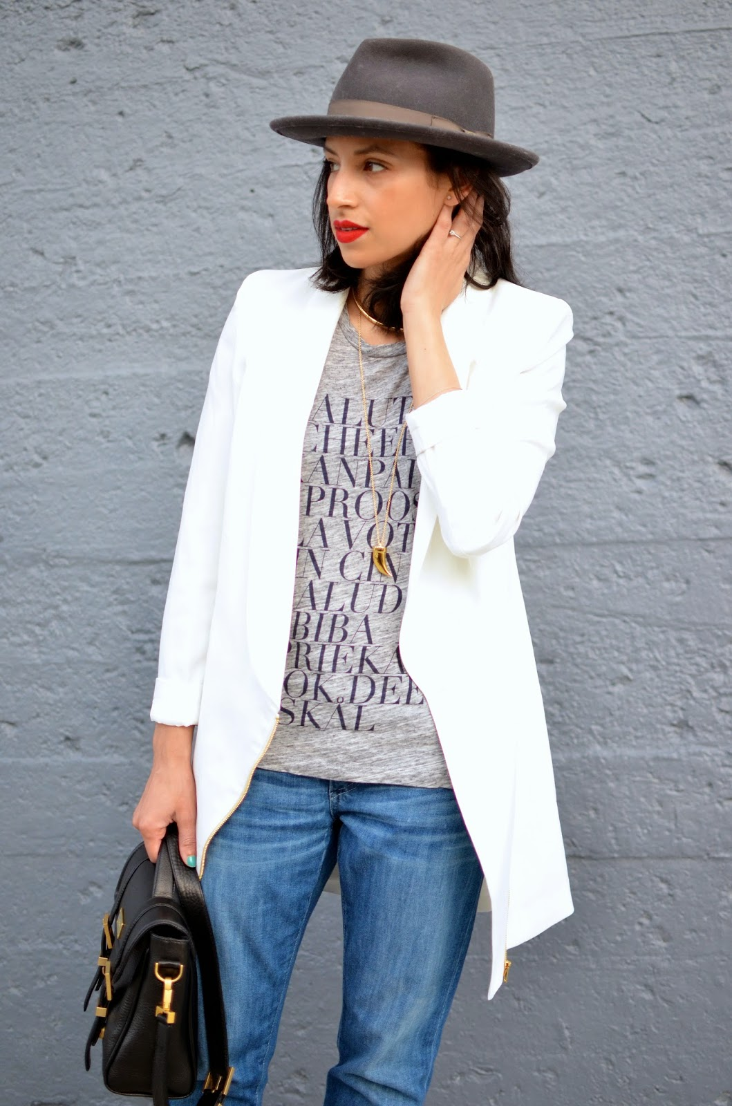 long white blazer, Missguided blazer, fedora, grey fedora, J. Crew gold choker, Stila Beso 10 red lips, short hair, J. Crew script tee, bf jeans