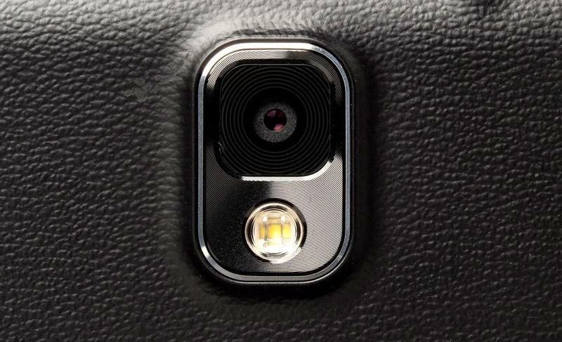 سامسونغ تبث الفيديو التشويقي الأول لـ Galaxy S6