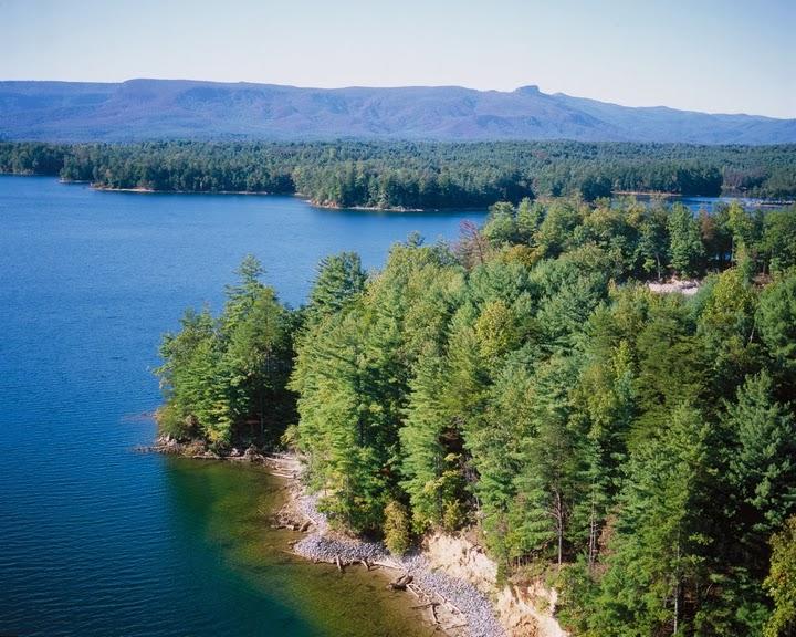 Nc weekend getaways hiking kayaking camping dining for Lake mathews fishing