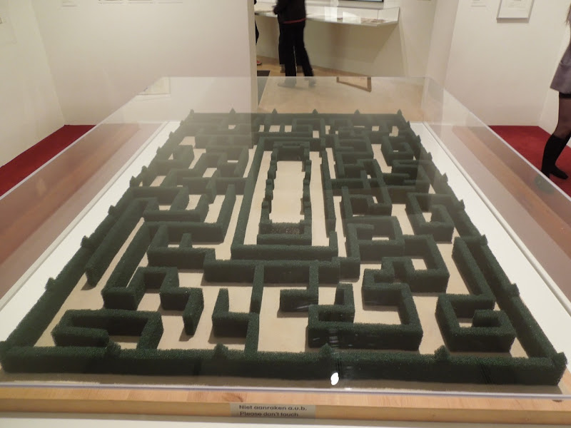The Shining labyrinth model