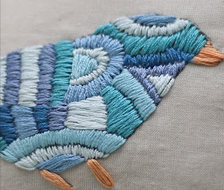 Satin Stitch Bird on Do Small Things With Love