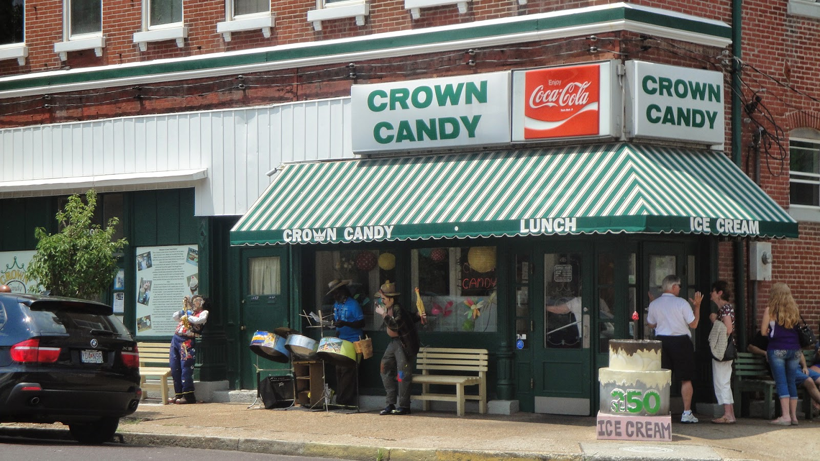 St. Louis: 250 Years, 250+ Cakes. Here we go....: #133: Crown Candy ...