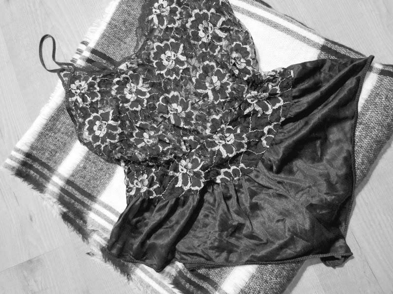 Lace Body Vintage