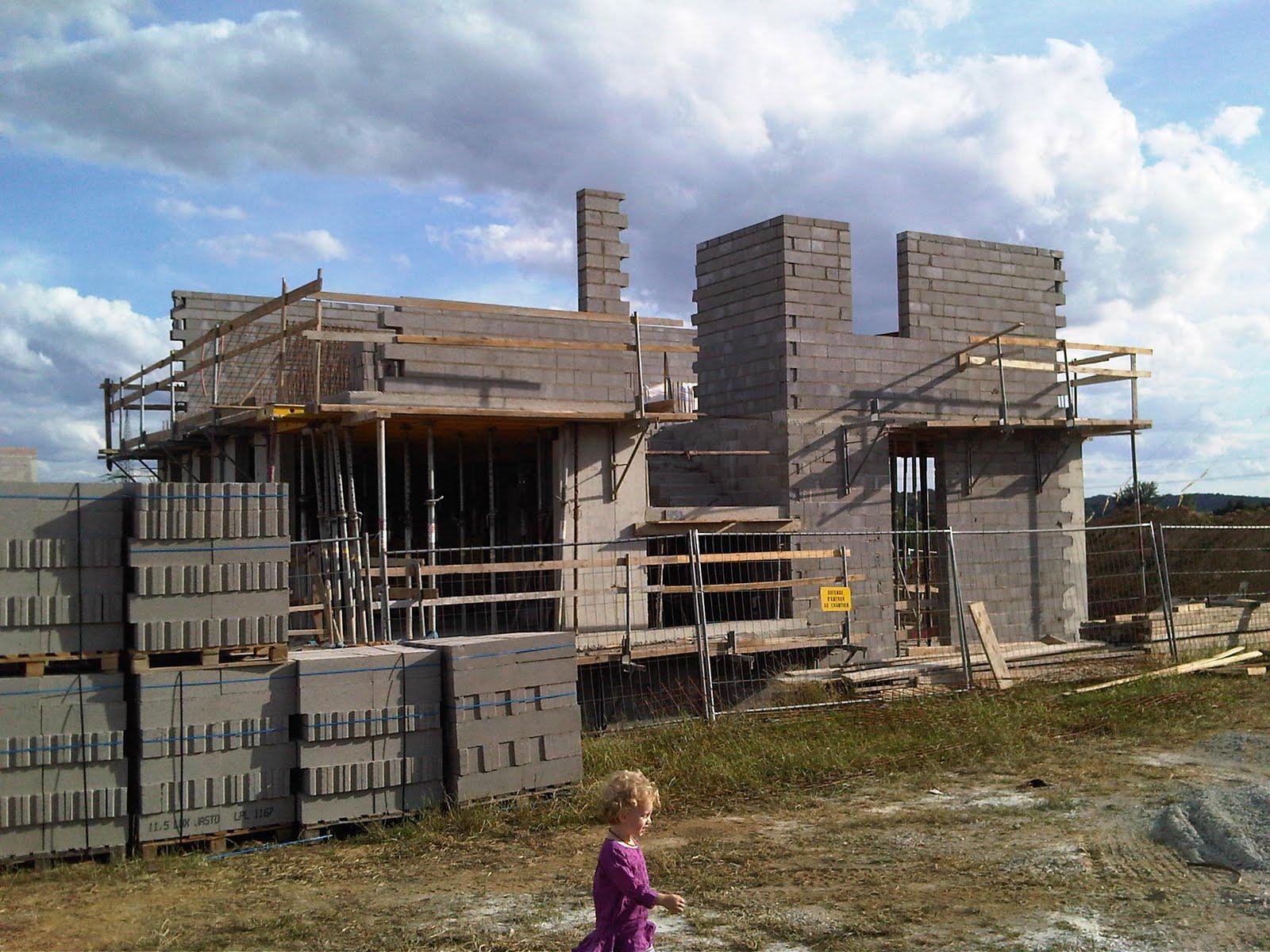 Construction maison ma onneries du 1er termin es a suivre voiles de b ton - Dalle beton chauffante ...