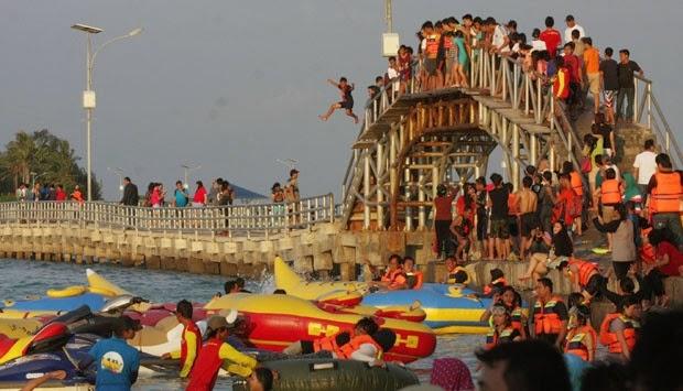 Love Bridge (Jembatan Cinta Pulau Tidung)