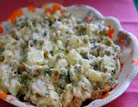 Salada de Batatas e Ervilhas (vegana)