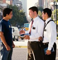 ¡Hable con los Misioneros!