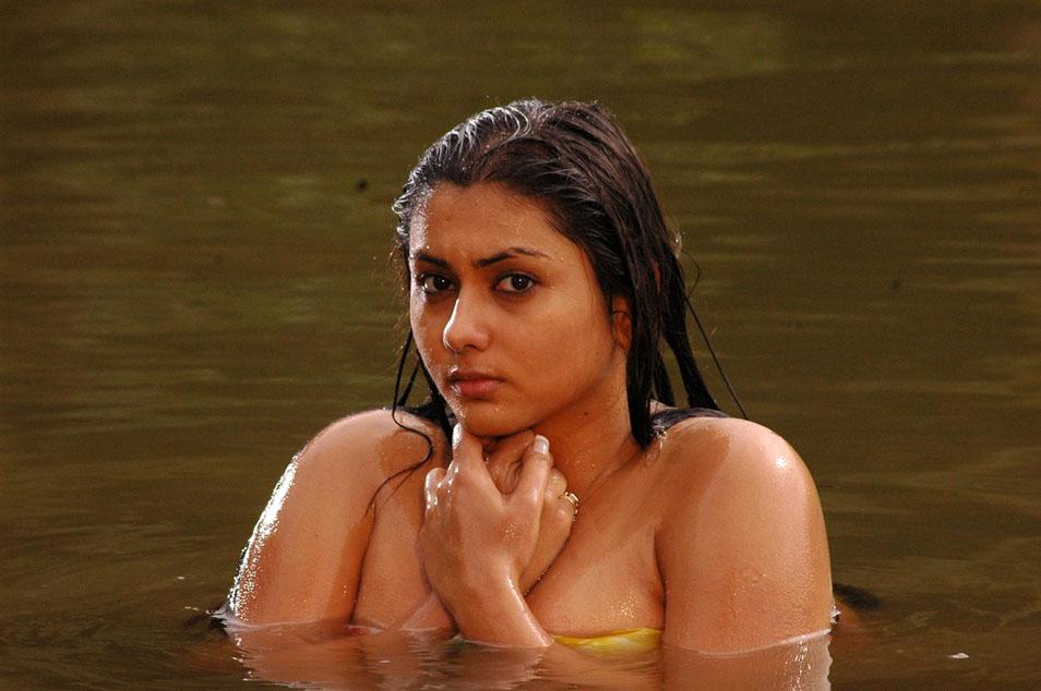 Hot teens in wet — photo 5