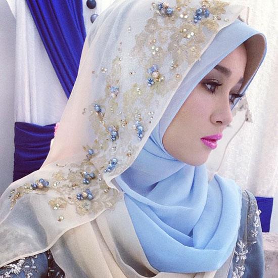 Emma Maembong - Pakaian pengantin 2013