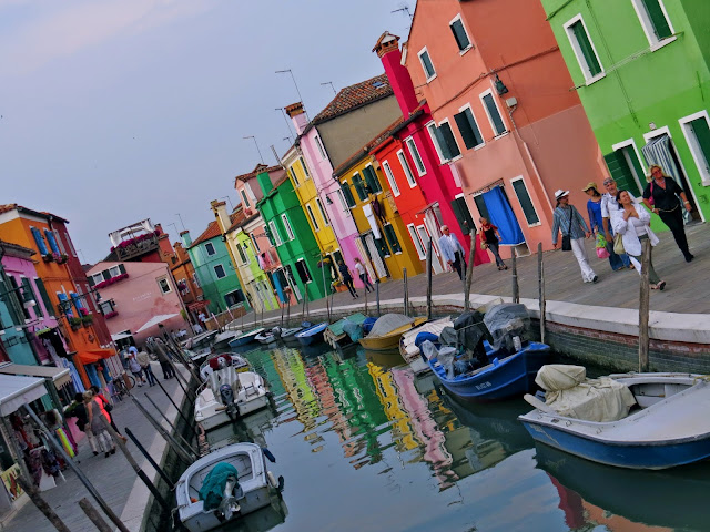 burano island colourful houses