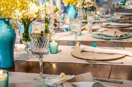 decoracao de igreja para casamento azul e amarelo : decoracao de igreja para casamento azul e amarelo:Detalhes de Casamento: Decoração azul tiffany, amarelo e marrom!!