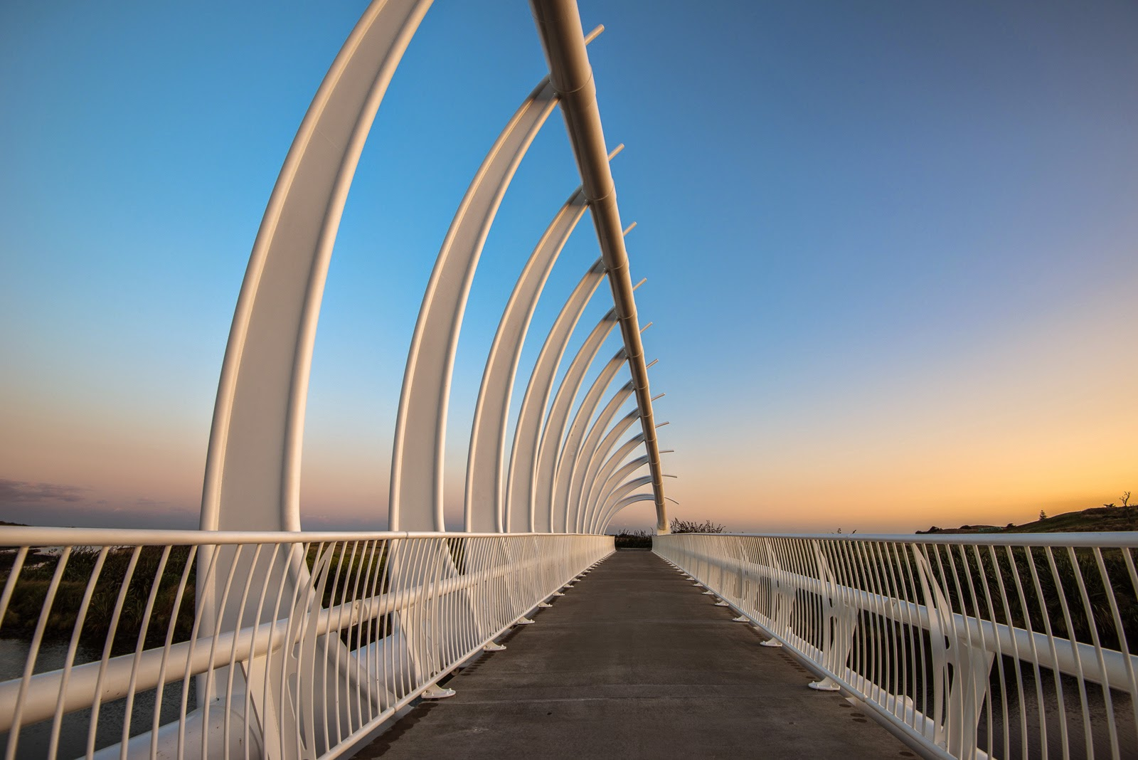 te rewa rewa bridge sunrise