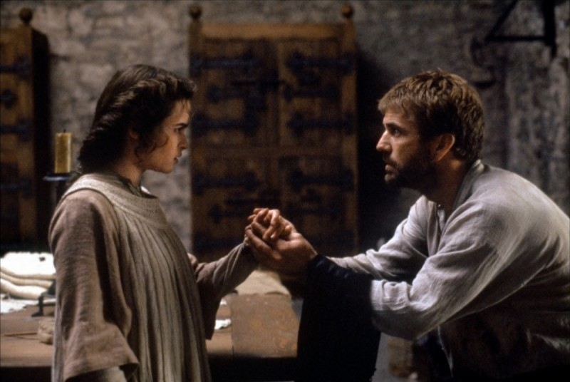 an analysis of the 1990 movie version of william shakespeares hamlet Gibson and branagh in the movie versions of shakespeare's hamlet  - hamlet, a tragedy by william  play and movie version of hamlet in the 1990.