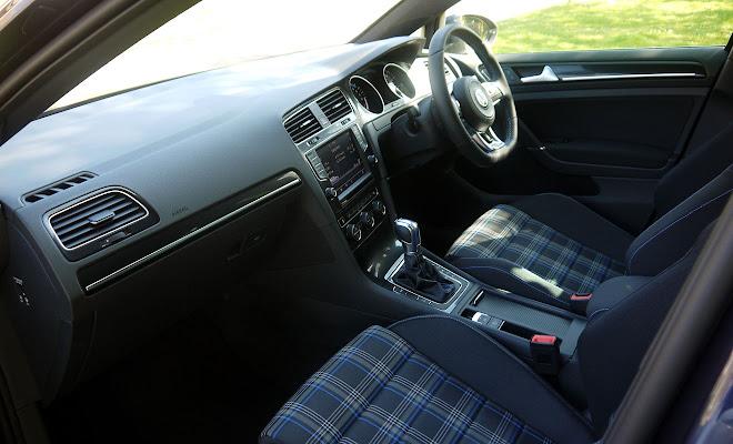 Volkswagen Golf GTE front interior