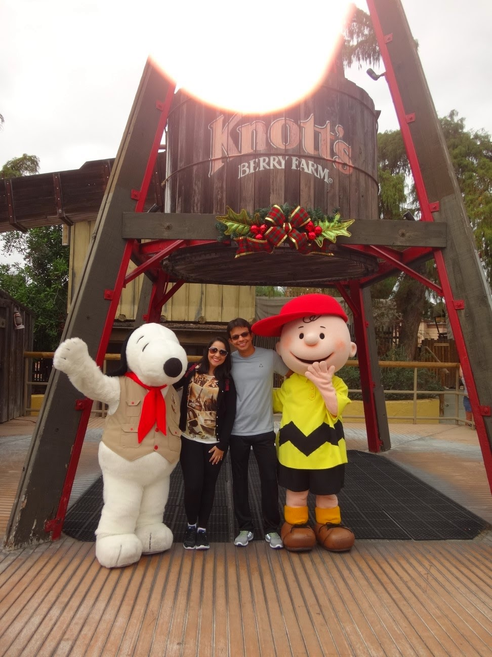 snoopy - knotts berry farm - los angeles