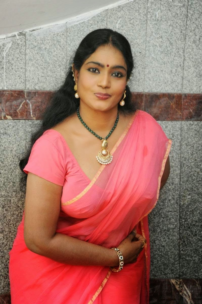 Indian hot bhabi photo