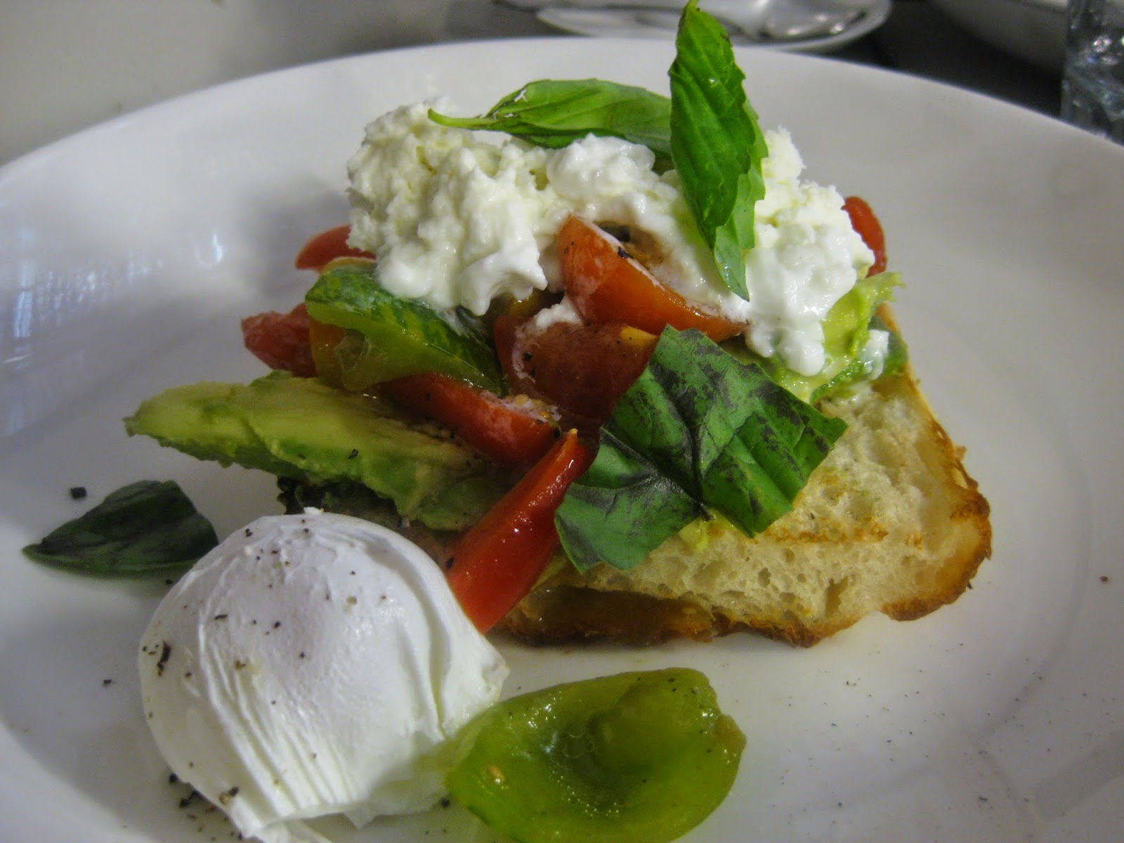 Cassie Cakes Review of Plenty poached egg and avocado
