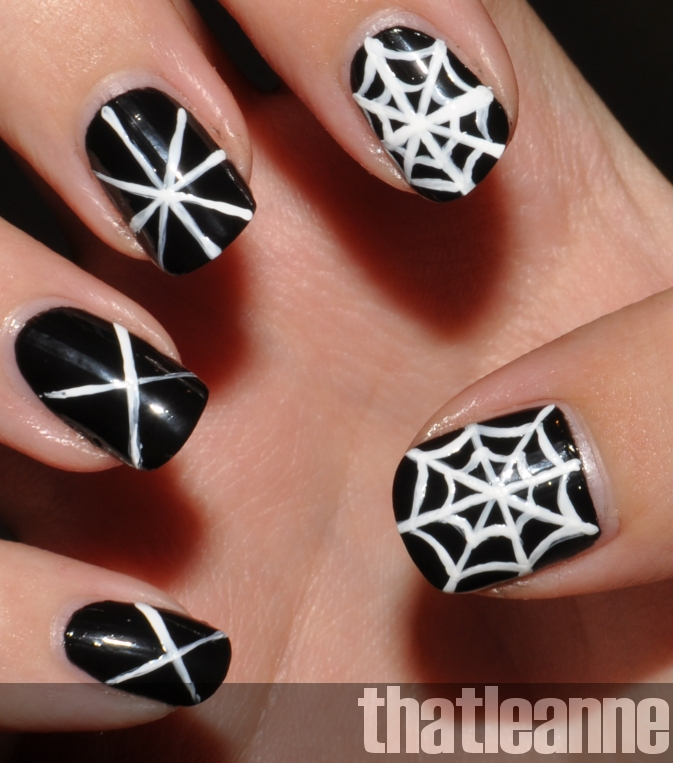 Halloween Nail Art: Thatleanne: Simple Halloween Nail Art Ideas