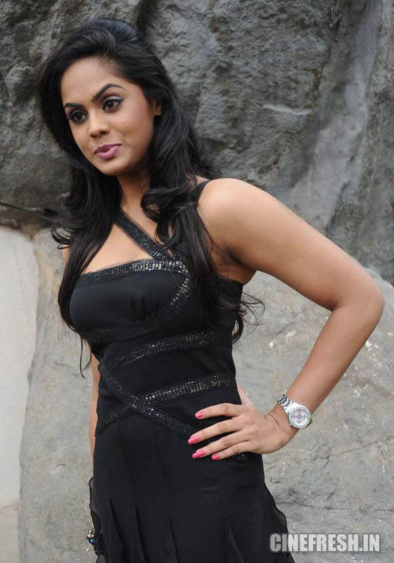 Karthika New Hot Stills Karthika New Hot Photos unseen pics