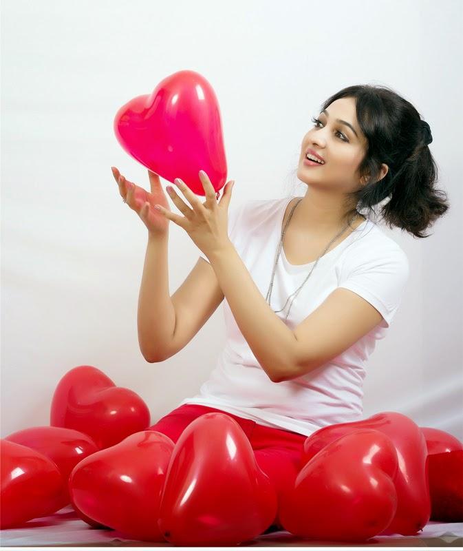 Actress Aavaana Valentines Day 2015 Photos