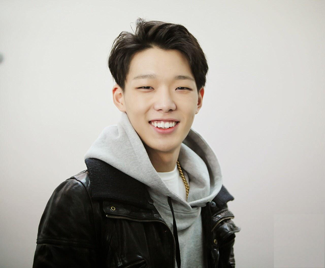 Korean dating show idol-in-Tini