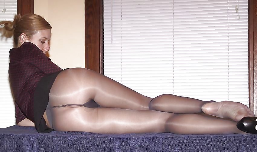Real Women In Pantyhose