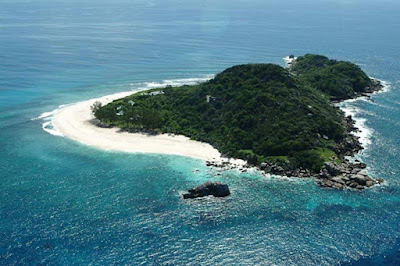 Cousine Island luxury tours