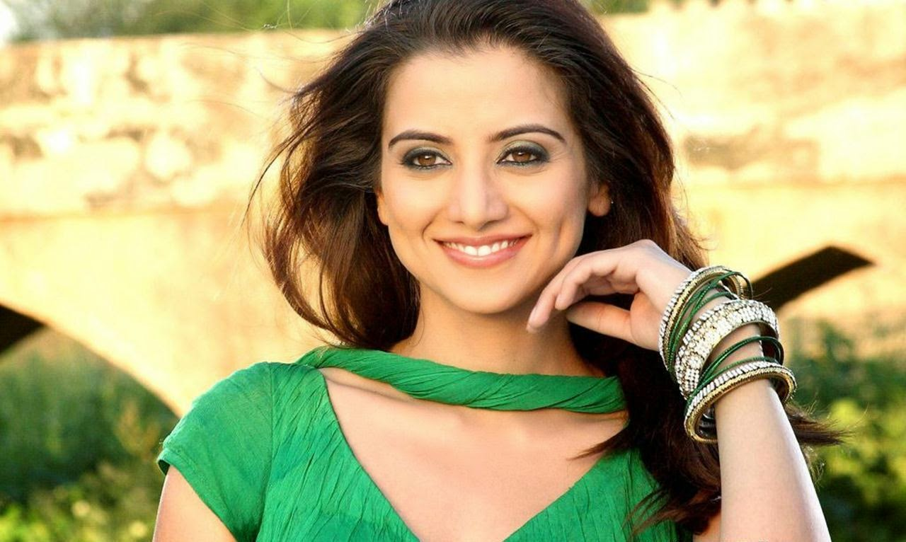 Watch Kulraj Randhawa video