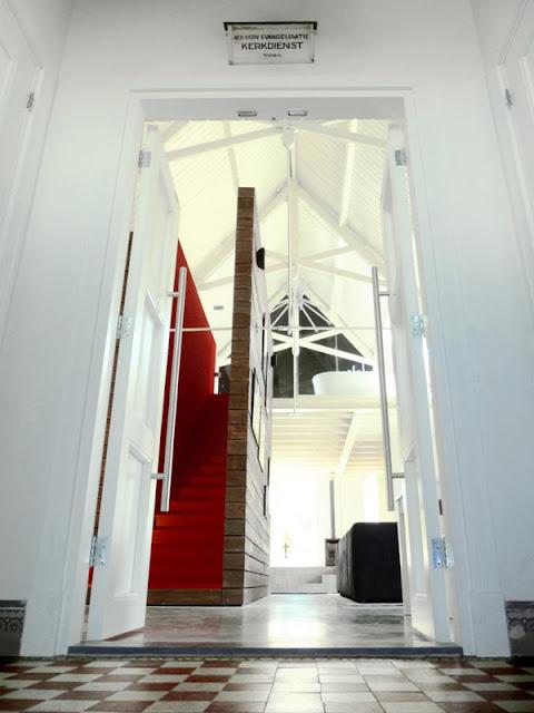 Ванная комната на 2ом этаже в доме-церкви