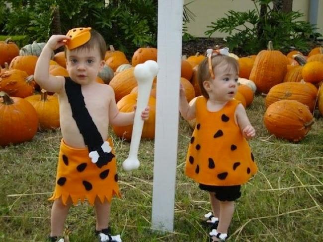 gemelos disfrazados