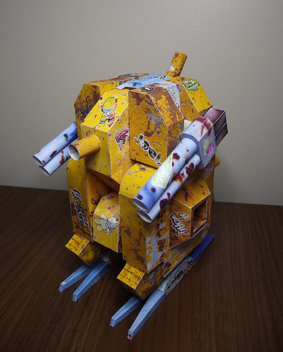 El Carmesi Paper Toy Mech