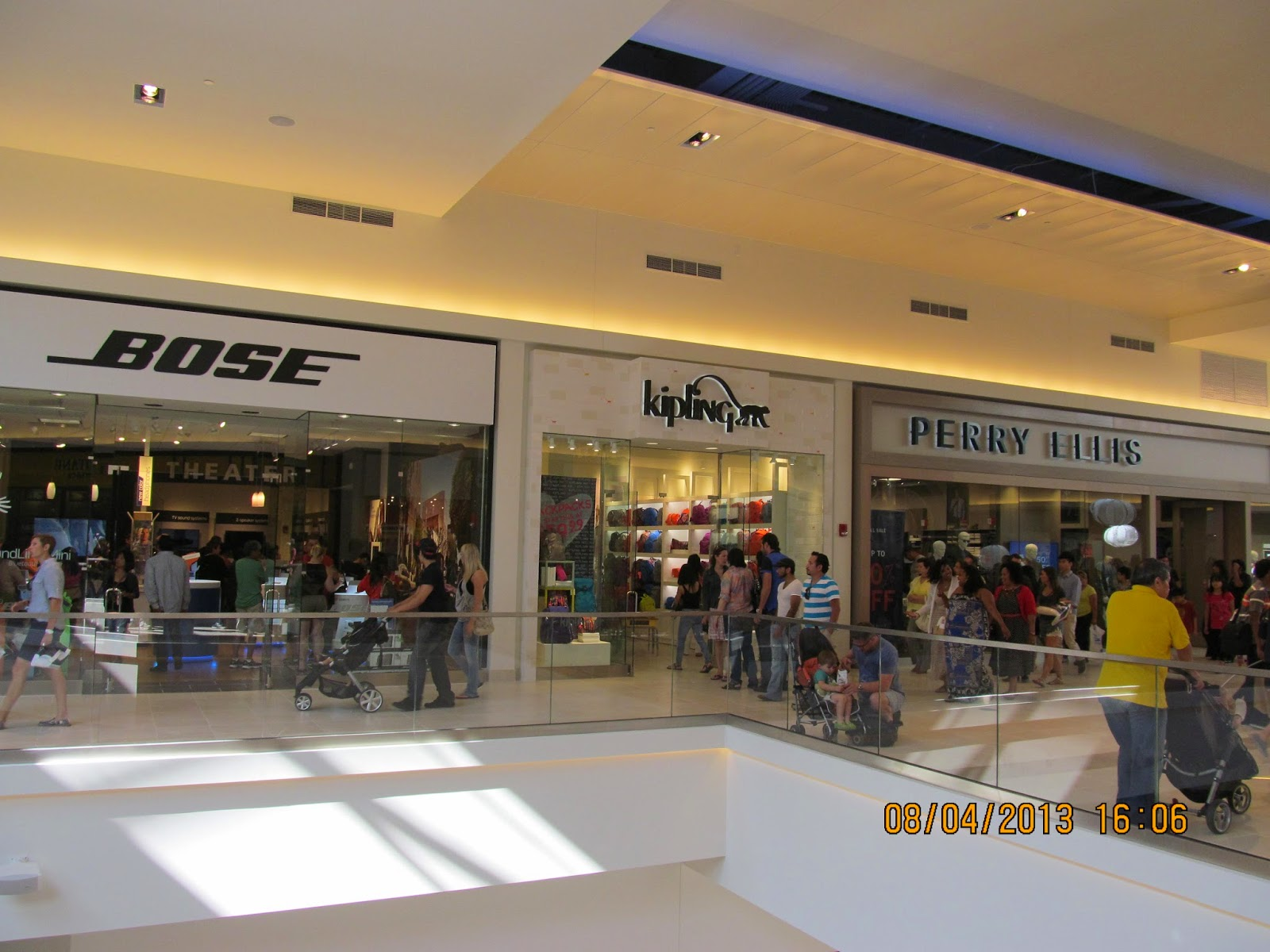 Fashion outlet of rosemont il Macerich Properties
