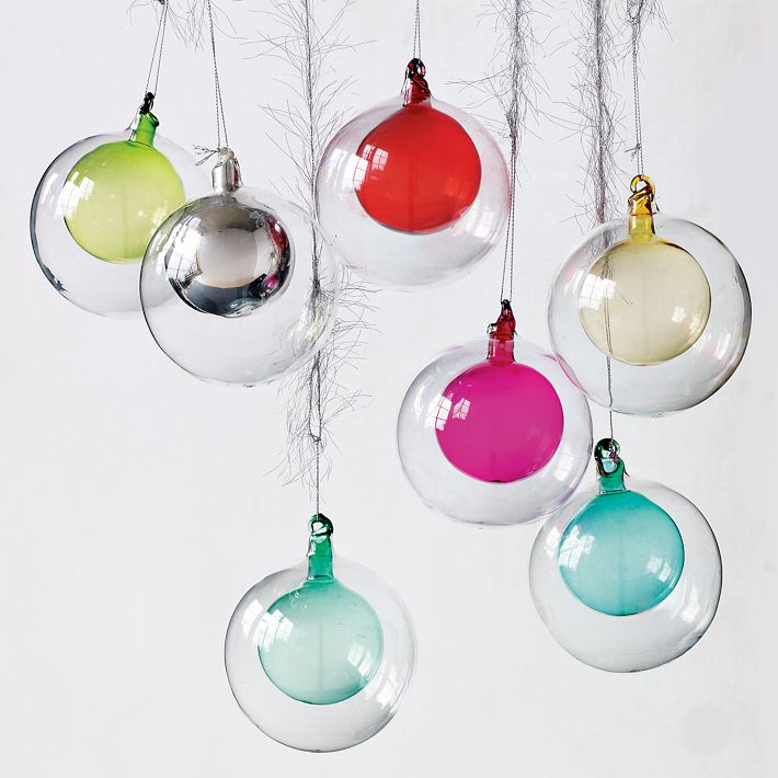 and these double globe ornaments that would look great on any silver christmas tree - Mid Century Modern Christmas Decor