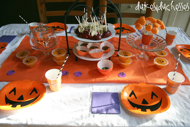 a Halloween pumpkin party