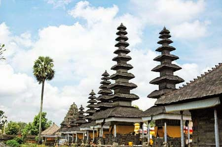 5 Objek Wisata Di Bali Wajib Anda Kunjungi Pura Taman Ayun | jegegbalitravel123.blogspot.com