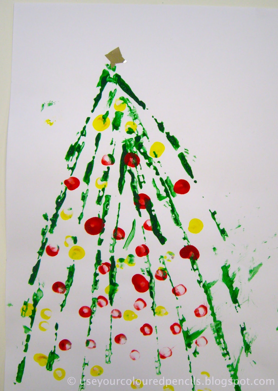 Use Your Coloured Pencils: Oh Christmas Tree