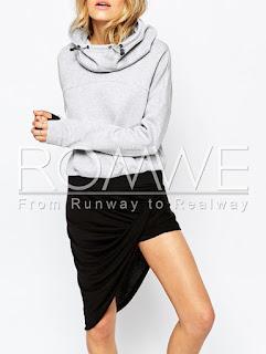 http://www.romwe.com/Grey-Hooded-Long-Sleeve-Sweatshirt-p-126601-cat-673.html?utm_source=dzieciaczkowo-kolorowo.blogspot.sg&utm_medium=blogger&url_from=dzieciaczkowo-kolorowo