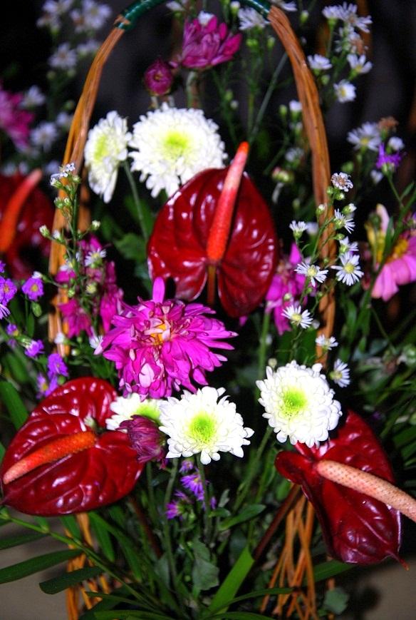 Flower Baskets Decoration : Bulaklak decor basket flower