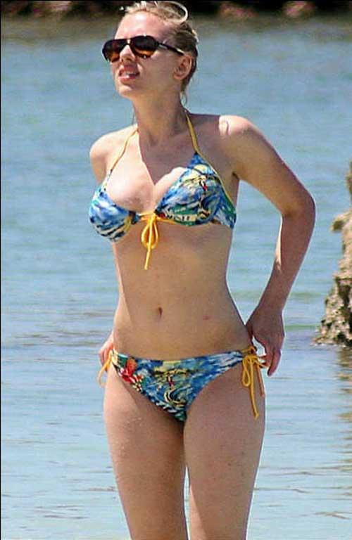 يا لها من امرأة جميلة، ذات صدر قد يسبب الجنون - منتديات المغرب