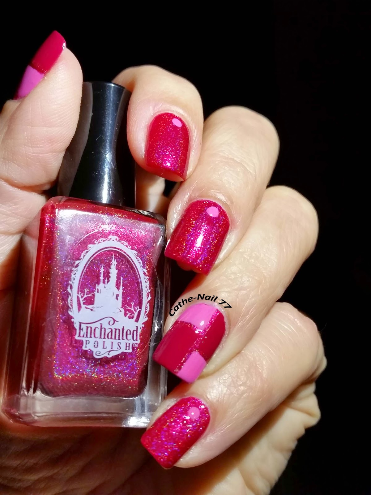 http://cathenail.blogspot.fr/2015/02/enchanted-polish-september-2014-accent.html
