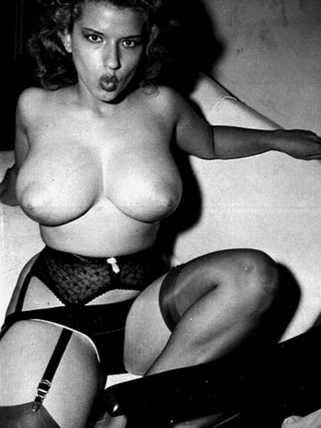 real girls naked porn