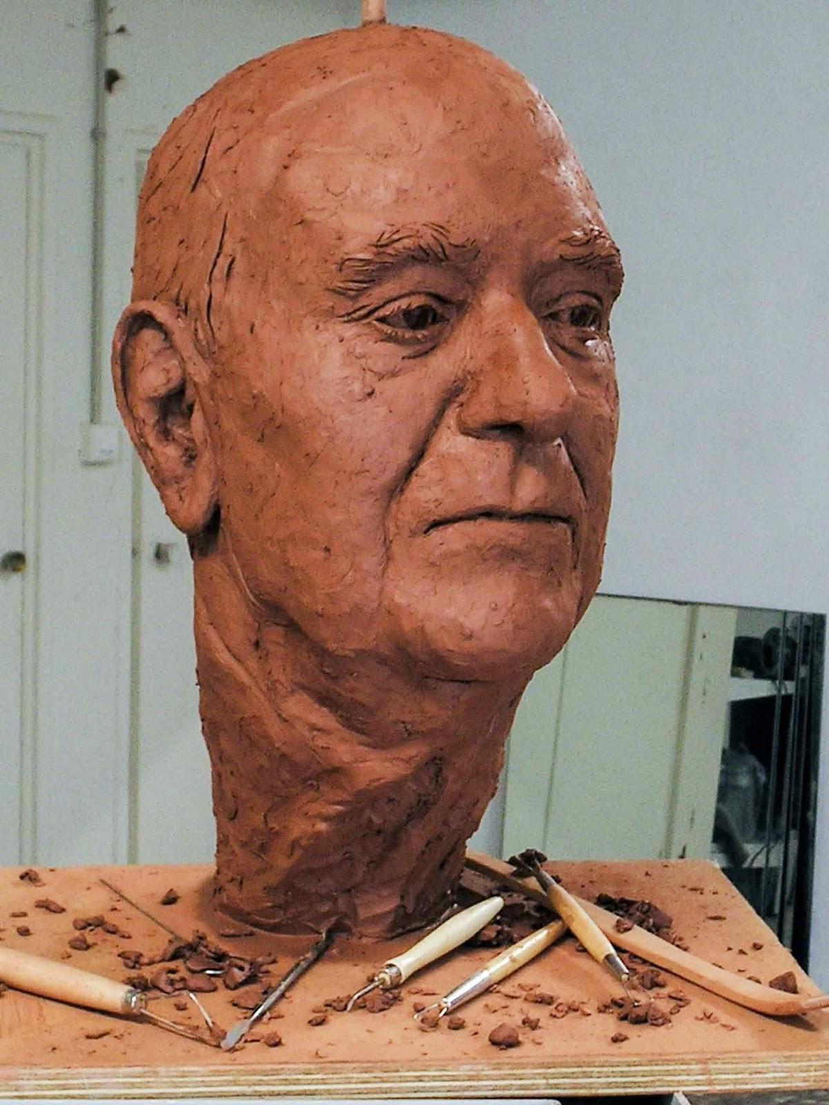 Monumento bronce Fuente Álamo Murcia Arturo Serra escultura 7