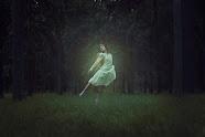 Danser dans la forêt
