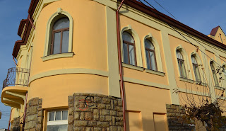 ferestre cu ancadramente din polistiren in forma de arcada dej judetul cluj