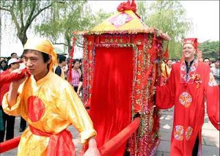 من أين جاءت تلك العادات والتقاليد الغريبة للزواج  حول العالم - الصين