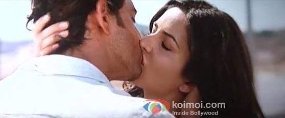 saxy kiss image